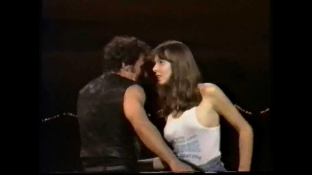Dancing In The Dark 88 Live Bruce Springsteen Youtube