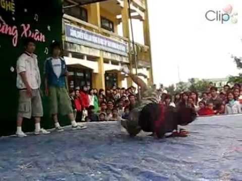 Nhay hip hop truong Thuan An -11A1(07-08).flv