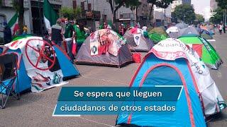 Por la mañana, la jefa de Gobierno de la Ciudad de México, Claudia Sheinbaum explicó que el FRENAAA pudo avanzar hacia el Zócalo porque un juez concedió un amparo de libre tránsito a la organización