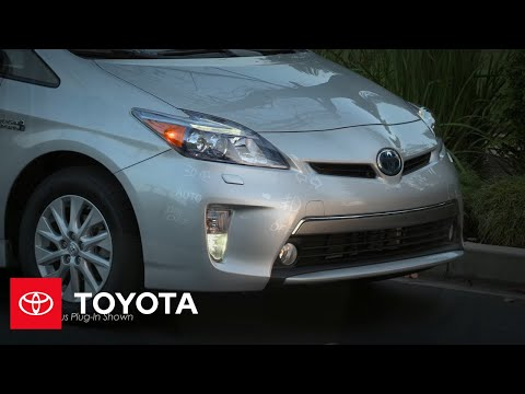 2012 Prius How-To: Fog Lamps | Toyota