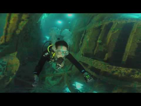 360 VR: Wreck Diving: Akitsushima / Morazan Maru / Coron, Philippines in Virtual Reality