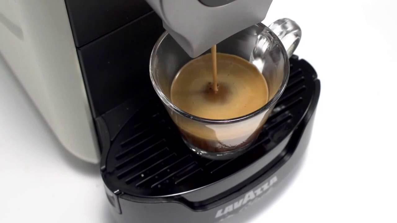 Подделка на кофе Якобс Монарх - YouTube