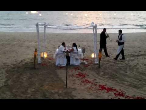 Riu palace pacifico cena rom ntica youtube - Cena ligera romantica ...