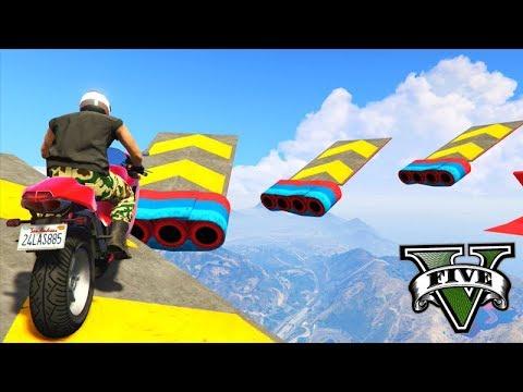 GTA V Online: SKILL TEST dos PULOS PERIGOSOS COM MOTO!!!