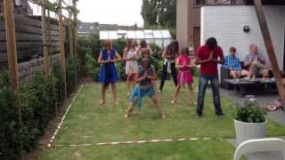 Bollywood dance with Belgian kids (easy steps)