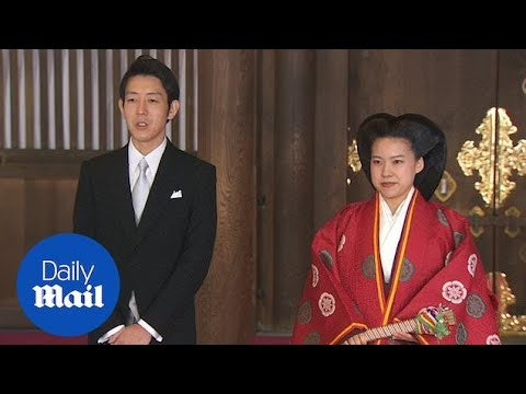 Japan's Princess gives up royal status and marries a commoner