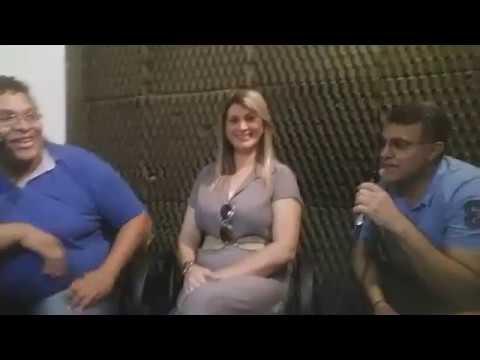 "Momento entrevista com a cantora Elizabeth Lima na radio MELODIA ""programa CUIDO de Ti """