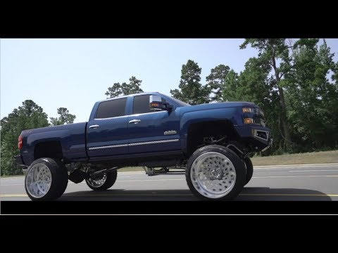 2018 CHEVY DURAMAX 2500 HIGH COUNTRY ON 28 INCH SPECIALTY ...