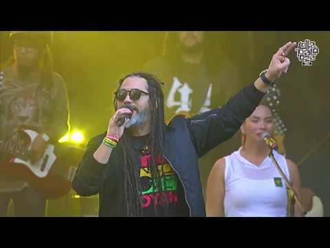 Quique Neira -Reggae is coming ( vivo)