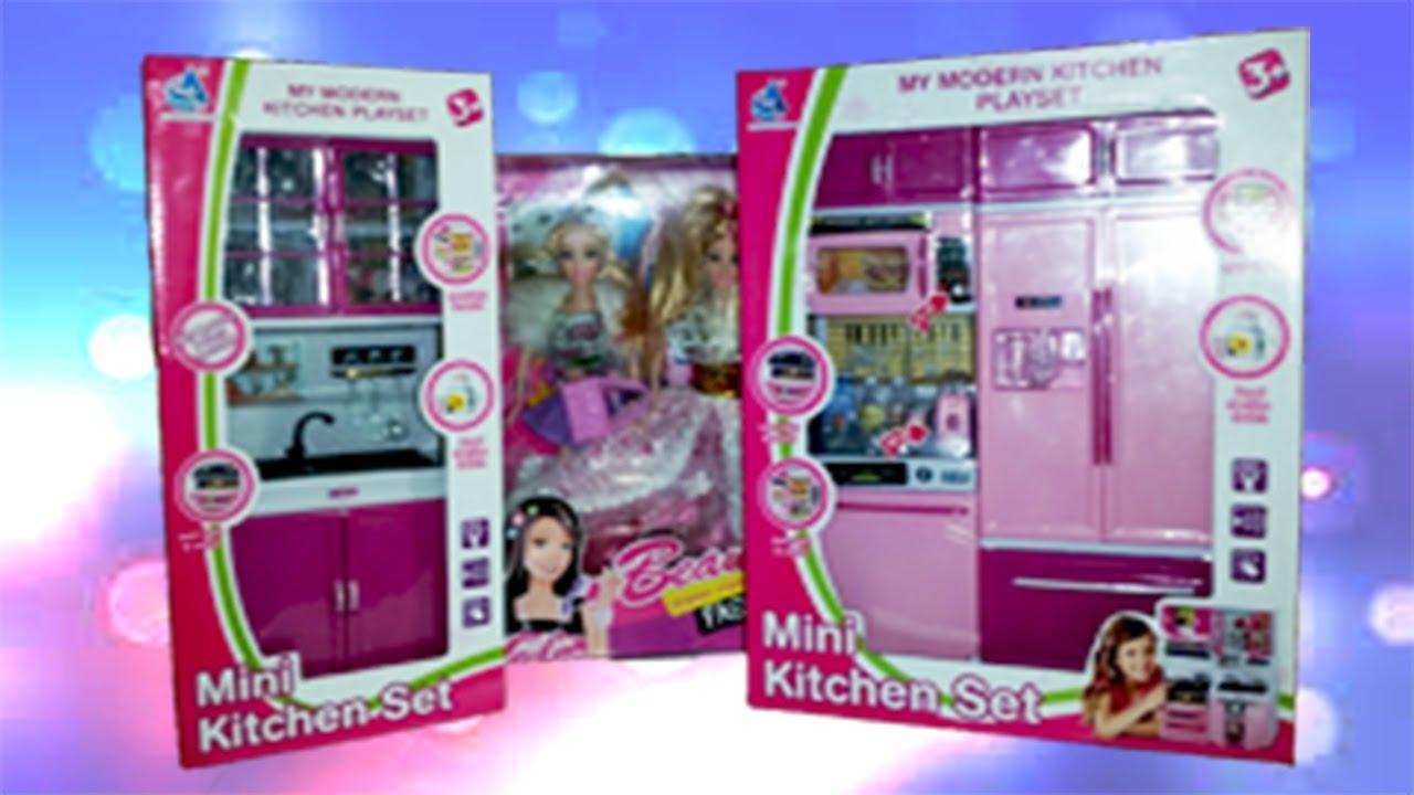 Mini kitchen set and barbie part 3 youtube for Barbie kitchen set 90s