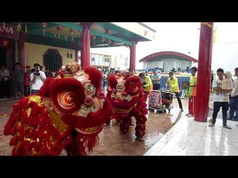 Lions greet Zhong Tan Yuan Shuai