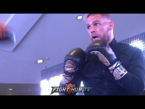 BILLIE JOE SAUNDERS BACK WITH A BANG! LOOKS PHENOMENAL ON THE PADS DURING WORKOUT