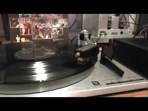 f1f6573d3 VINYL HQ CURTIS MAYFIELD Superfly little child running wild   1969 PE2020  turntable
