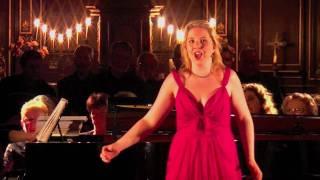 La Traviata 1er air de Violetta Clémence Barrabé