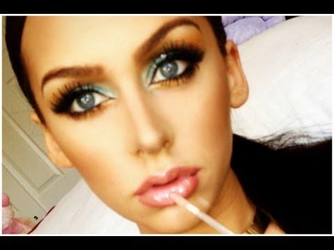 Turquoise & Gold Smokey Eye Makeup Look