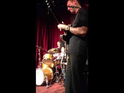 "Jazz Jam Session ""Smoke's Club"" @ Harlem - NewYork   2012/12/10"