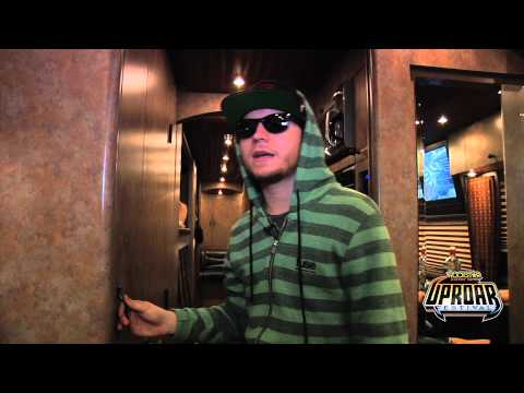 UPROAR TV Cribs: Shinedown