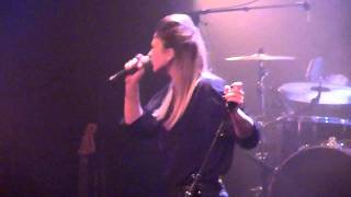 Live au Café de la Danse 20 octobre 2011 http://www.inthemoodforcla...