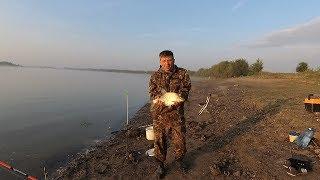 Рыбалка.Ловля леща на донку с берега с ночевкой на реке.