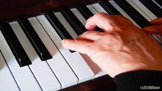начальное обучение игре на фортепиано