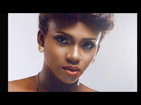 CHECK OUT WAJE 'S FUNNY ENCOUNTER WITH A CRAZY LAGOS CAB DRIVER (Video Hit Show)