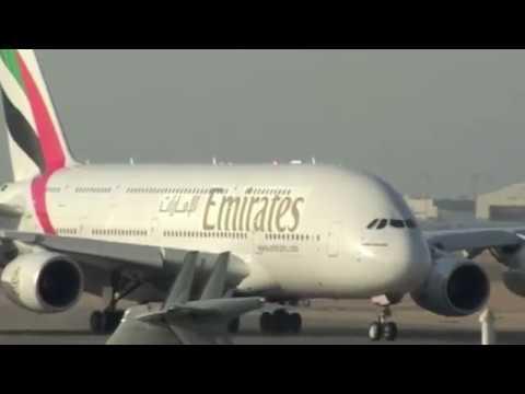 Dubai Air Show 2005 - Airbus A380 Flying Display