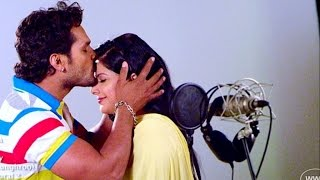 Download lagu Jhumka Jhulaniya | BHOJPURI HIT SONG | Khesari Lal Yadav, Smrity Sinha