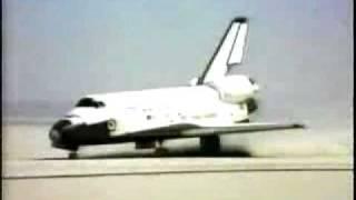 COLUMBIA - STS1 Landing - 1981