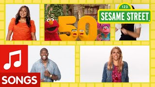 Sesame Street: Count to 50 by 10 with Elmo and Abby