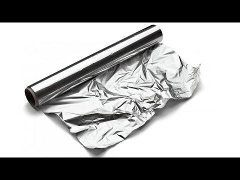 Envuelve tus pies con papel de aluminio, lo querrás usar siempre!