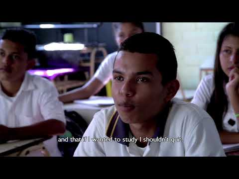 Manos en Accion: Irving's story (USAID support to education in El Salvador)