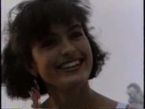 Mariska Hargitay @ 16 - YouTube