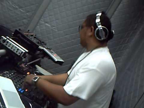 Mix Fm   Dj Silyvi live @ Mix Fm 96 5 estudio   Parte 2