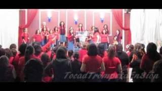 Alabanza en El Congreso de Mujeres 2010