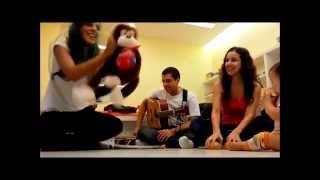 Baixar Contação e sonorização de história - O macaco curioso