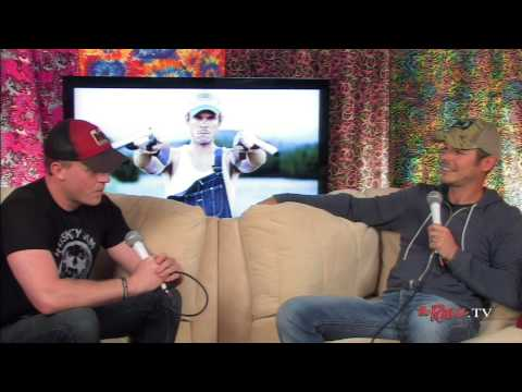 TheRave.TV Interview With Granger Smith (5/15/14)