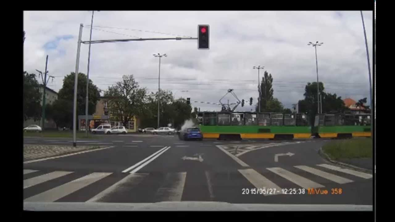 Audi RS6 C7 2015 Crash in Poland [Poznań 27.05.2015]
