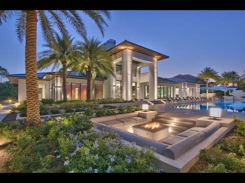 Contemporary Waterfront Marvel in Destin, Florida | Sotheby's International Realty