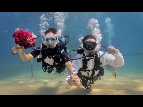 scuba-diving-weddings