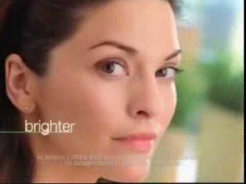 Garnier Commercial with Alana De La Garza