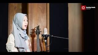 Sembilu -  Ella Cover By Leviana