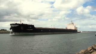 Hsin May Arrives At Port Kembla