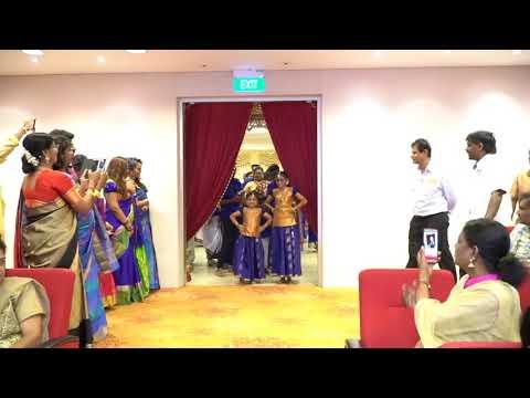Amazing Dance By Family-friendly Naresh Kumar & Priyalatha Kurusamy's Wedding