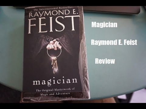 Magician - Raymond E. Feist [Review]