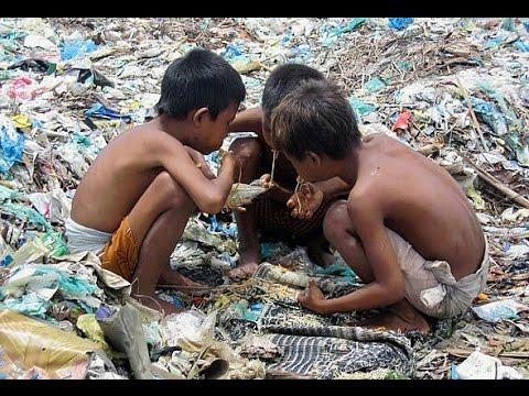Resultado de imagen de Niños buscando en la Basura
