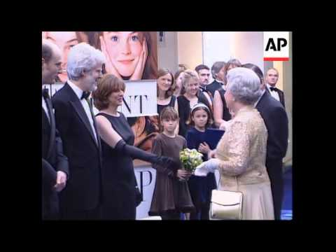 UK: QUEEN ATTENDS FILM PREMIERE
