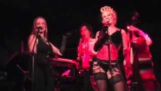 Burlesk Improvisation mit Palais Swing Band mit Leony la Roc