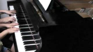 娘(8歳)と嫁(独学ピアノ歴2年)の連弾です、、、普段はもう少し上手...