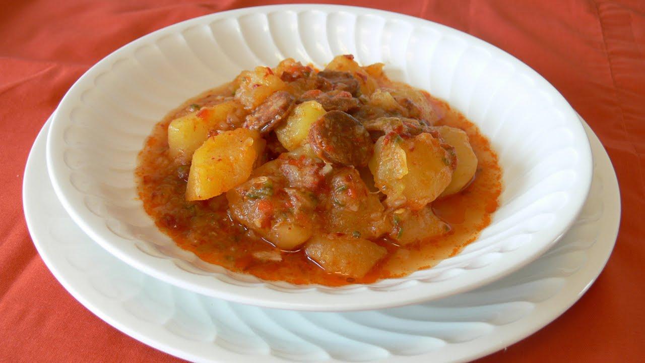 Cocinar para los amigos patatas a la riojana youtube for Cocinar repollo con patatas