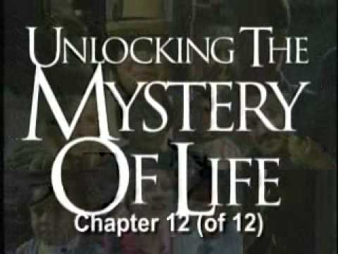 unlocking the mystery of life The design of life collection photographed by more than a dozen cinematographers on three continents, the design of life is an unforgettable look at compelling scientific evidence for intelligent design in the living world this spectacular exploration of the animal kingdom has captivated audiences of all ages with its wonder and beauty—while challenging darwinian evolution with the truth.